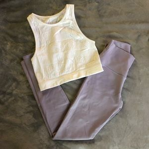 Lavender Alo Yoga leggings